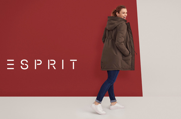 dare-to-denim-in-maternity-jeans-by-esprit